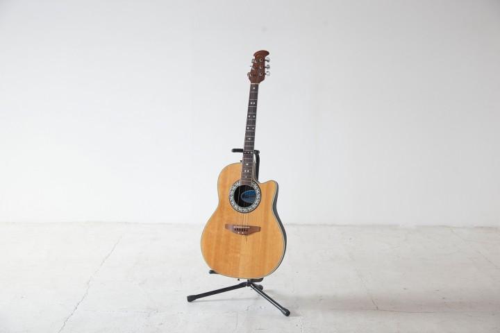 acoustic guitter